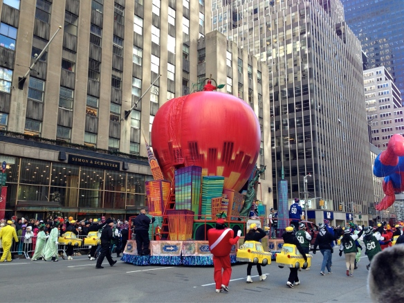 The New York Daily News Big Apple float