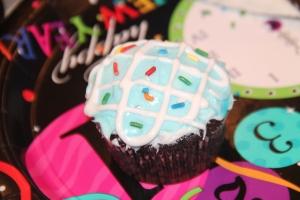 Cupcake Decorating.