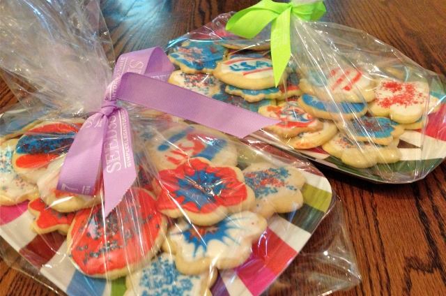 Hostess gifts idea: Bring dessert on a dish the hostess can keep. Wrap them in cellophane for a pretty presentation.