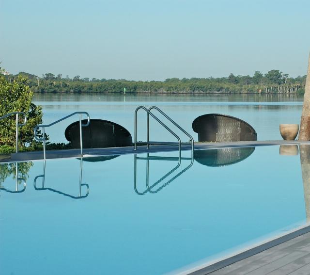 Sandpiper Bay Infinity Pool, Florida
