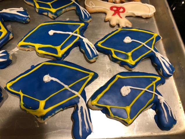 Cap and diploma sugar cookies.