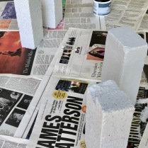 Paint bookends. Let dry.